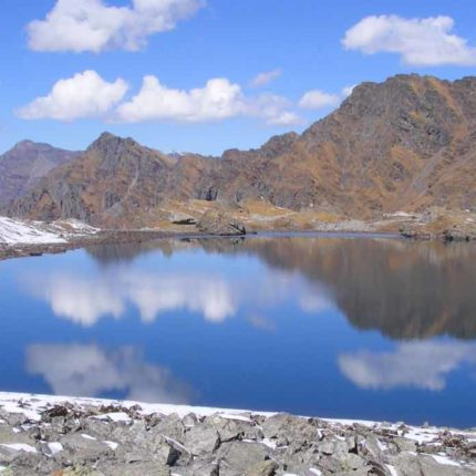 Baraadsar Lake Trek