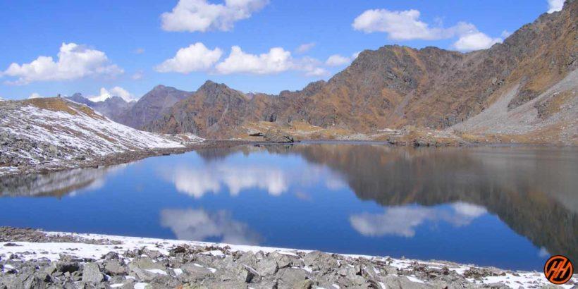 Baraadsar Lake Trek