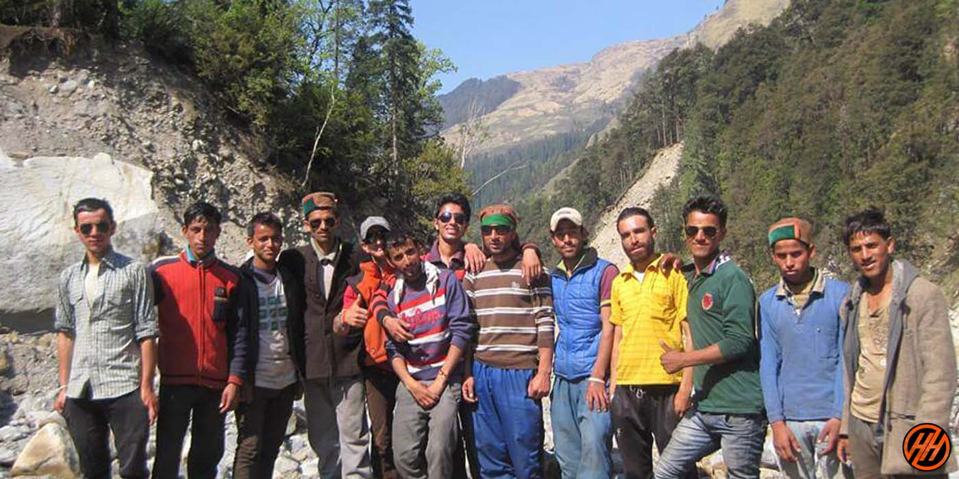 Local workers of Himalayan Hikers