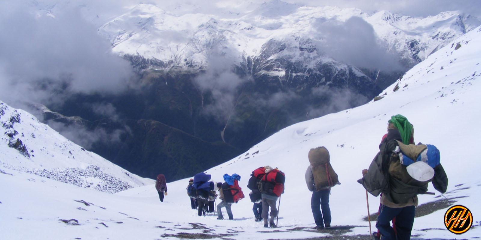 khimloga Pass trek