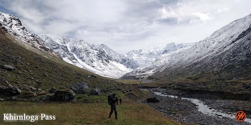 Beautiful Moutains in khimloga Pass Trek