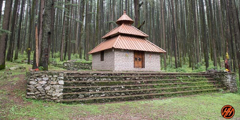 Temple in Devalsari Lumsu Top